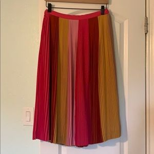 Pleated ombre skirt